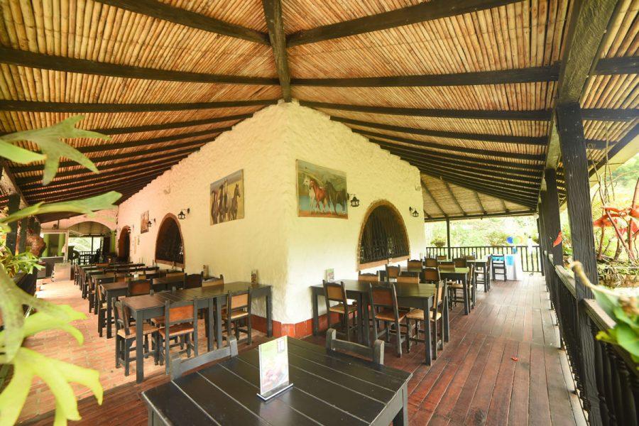 Pasillos Restaurante La Hacienda