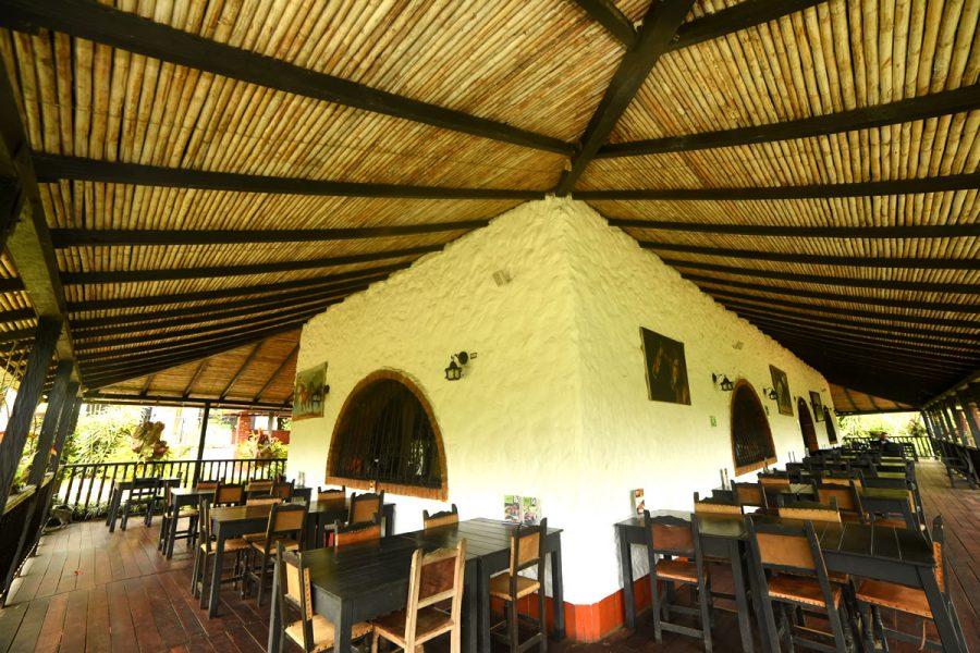 Pasillos - Restaurante La Hacienda