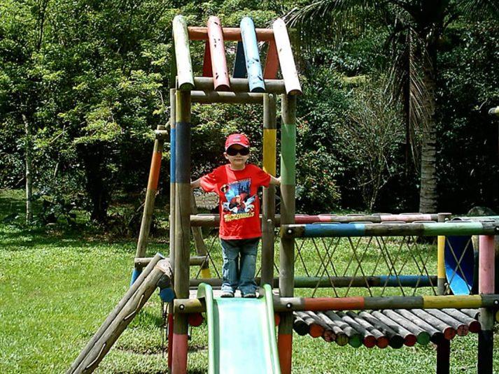 Parque Infantil -- --